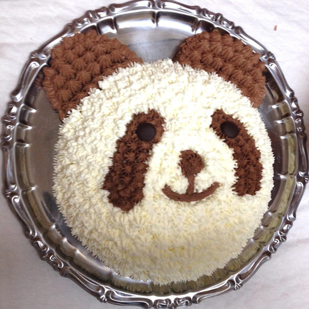 パンダのバースデイケーキ