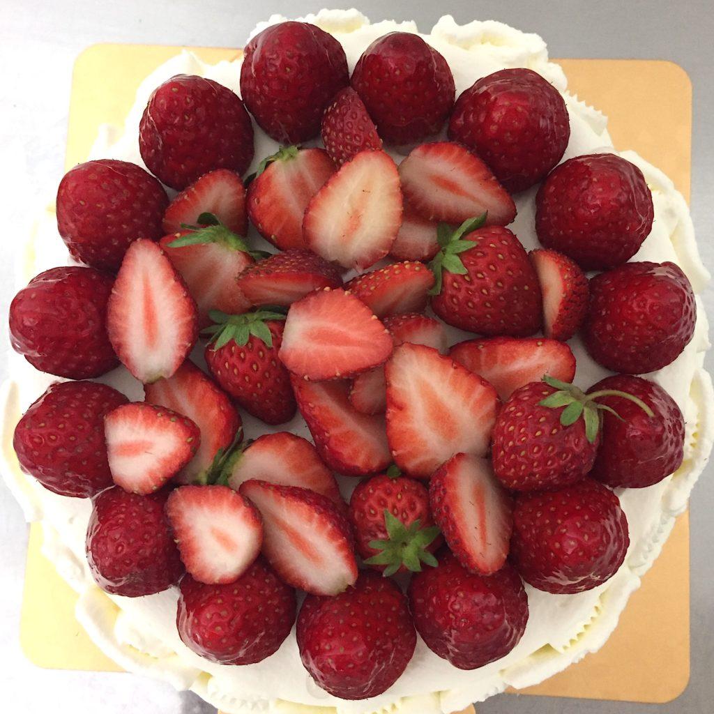 いちごのバースデイケーキ